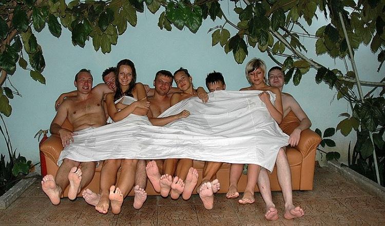 русские свингеры в русской бане должно что