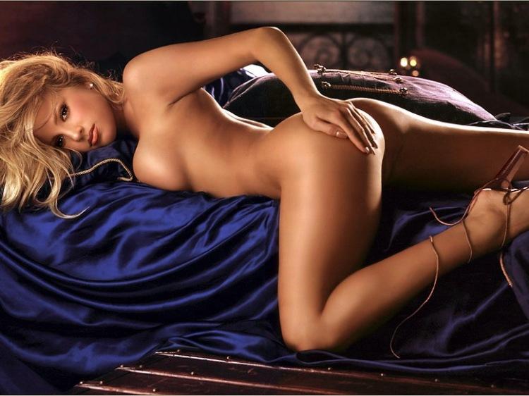 модели интимные фото
